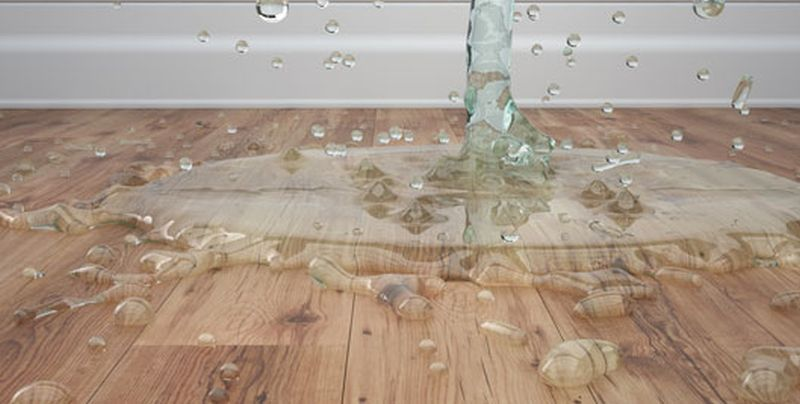 water-on-the-wooden-floor|removing-boards|refinishing-the-floor